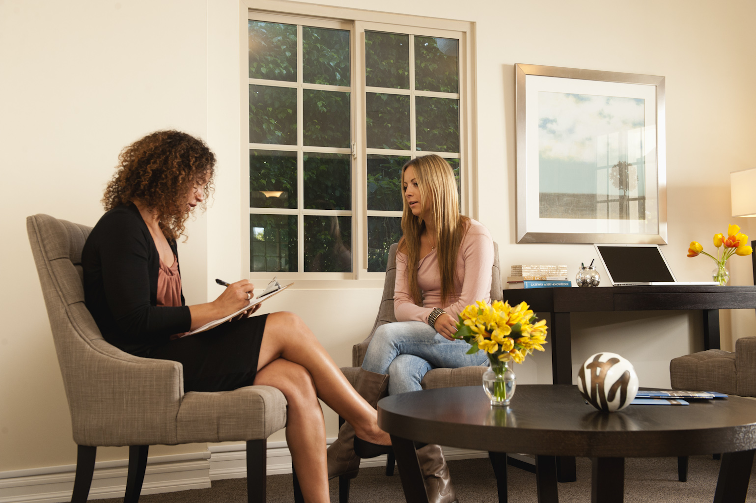 What Do Practicing Psychotherapists Do?