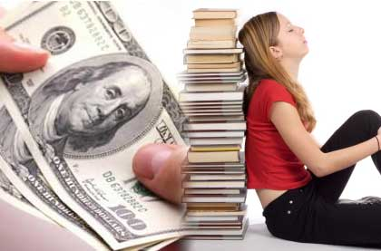 Scholarship vs. Student Loans