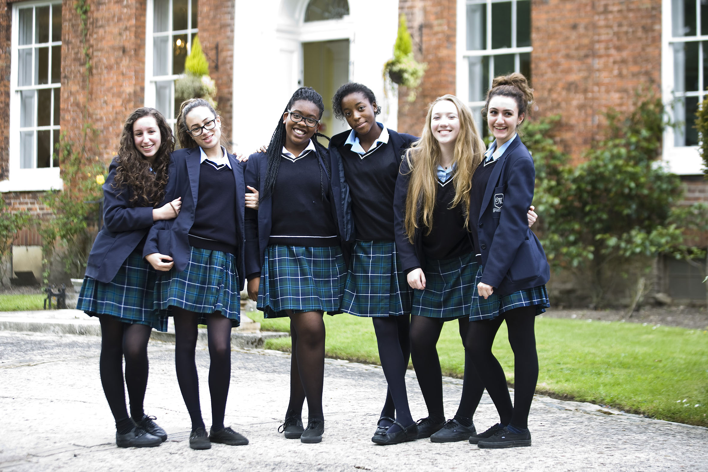 Things To Look Out For When Purchasing School Uniforms