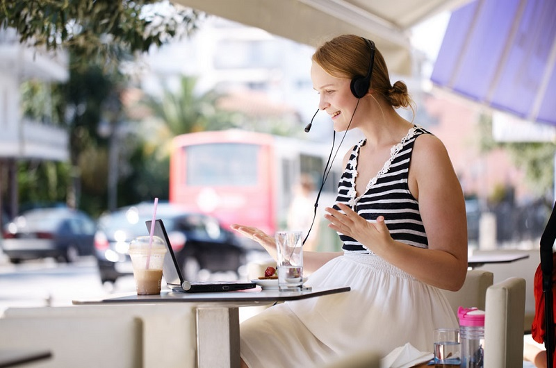 Learning English While Travelling, Skype Lessons Can Allow You The Freedom To Travel and Learn