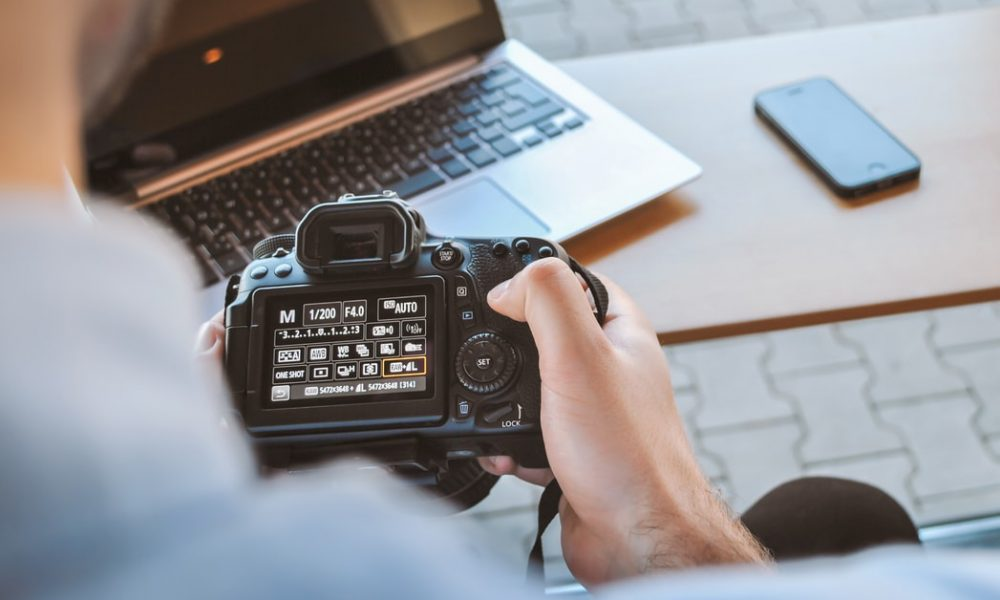 Starting A Photography Business? Make Sure You Have The Right Equipment